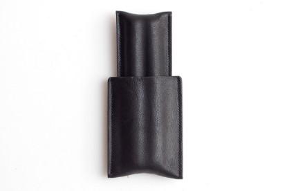 Image de étui à cigares en cuir 1/1 noir fraisé
